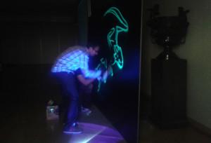 Graffiti-fluorescente-en-directo