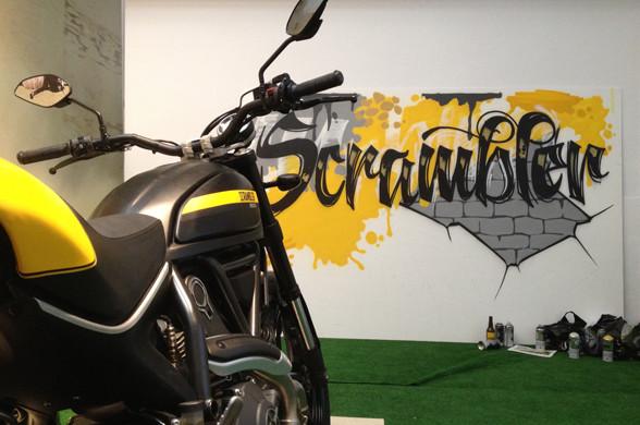 Graffiti en directo para Scrambler (Ducati)